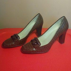 AK Anne Klein iFlex 7.5 Brown Leather Heels